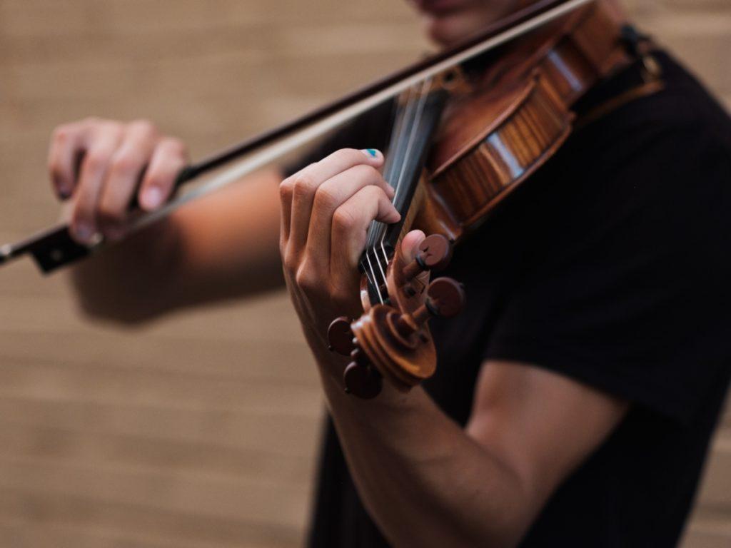 Violin Lessons by NiQo